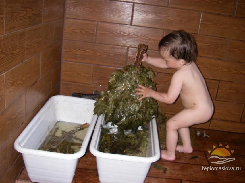 голые бабы с детьми в бане
